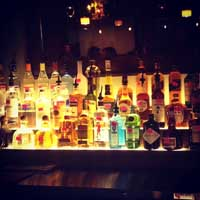 Quiet Pint Tavern Bar Liquor
