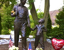 Andy Griffith Statue