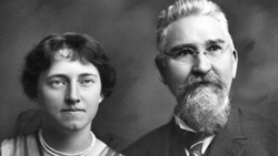 Katharine Smith Reynolds and her Husband, RJ Reynolds